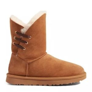 UGG Constantine shearling boot lace chestnut nib